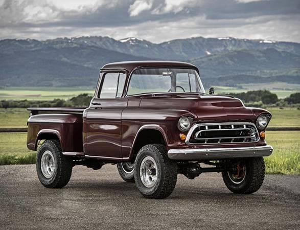 Conversão do Caminhão Napco | Legacy Classic Trucks - Imagem - 2