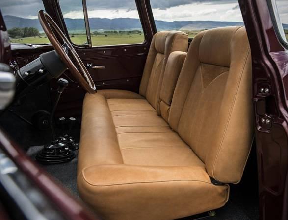 Conversão do Caminhão Napco | Legacy Classic Trucks - Imagem - 5