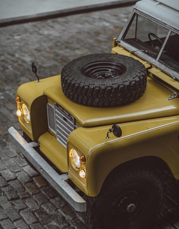 Land Rover Series III 109 1975 - Imagem - 4