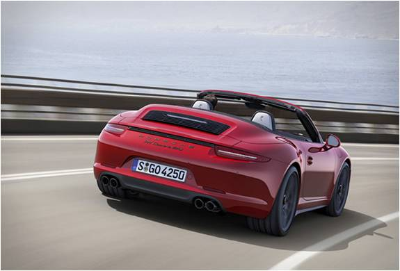 NOVO PORSCHE 911 GTS 2015 - Imagem - 3