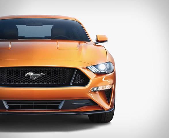Ford Mustang 2018 - Imagem - 4
