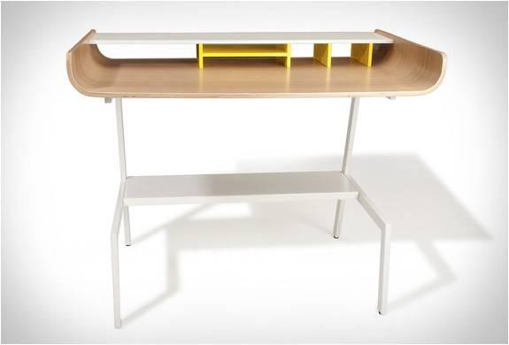 3701_1407789823_mesa-de-escritorio-half-pipe-desk-6.jpg - - Imagem - 6