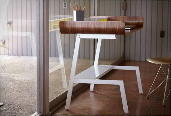 3701_1407789851_mesa-de-escritorio-half-pipe-desk-8.jpg - - Imagem - 8