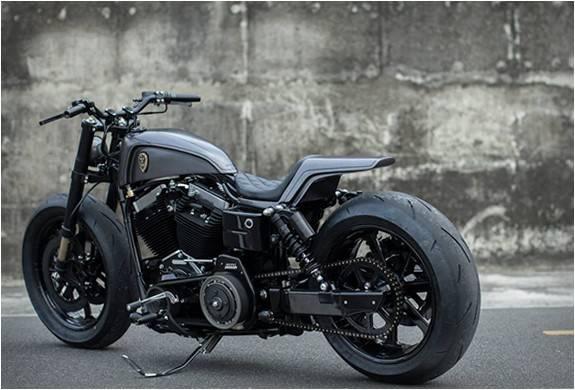 3795_1410556515_moto-personalizada-rough-crafts-urban-cavalry-9.jpg - - Imagem - 9