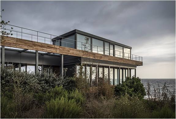 3877_1413322183_amchit-residence-blankpage-architects-10.jpg - - Imagem - 10
