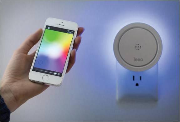 4022_1418160798_leeo_-smart-alert-nightlight-7.jpg - - Imagem - 7