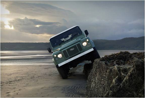 4076_1420732676_land-rover-defender-celebration-series-11.jpg - - Imagem - 11