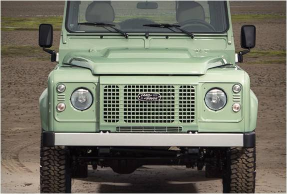 4076_1420732695_land-rover-defender-celebration-series-12.jpg - - Imagem - 12