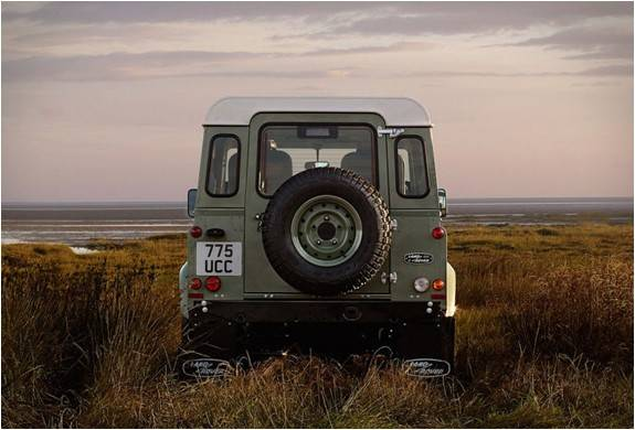 4180_1424103245_land-rover-defender-celebration-series-10 (1).jpg - - Imagem - 10
