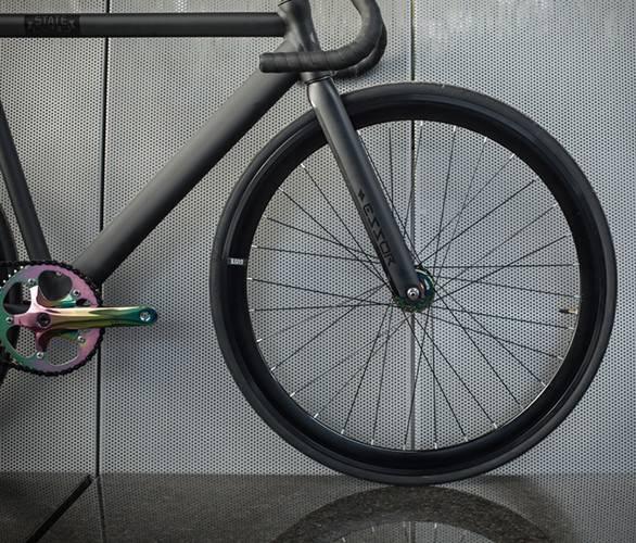 5323_1479333655_black-label-6061-bike-8.jpg - - Imagem - 7