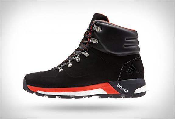 Botas Adidas - Boost Urban Hiker - Imagem - 2