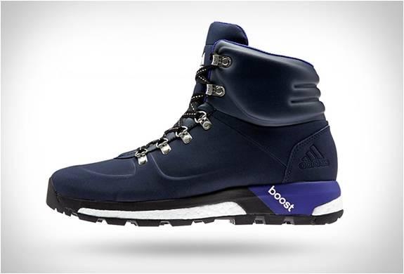 Botas Adidas - Boost Urban Hiker - Imagem - 3