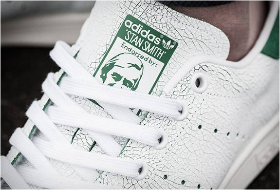 TÊNIS ADIDAS STAN SMITH CRACKED LEATHER - Imagem - 4