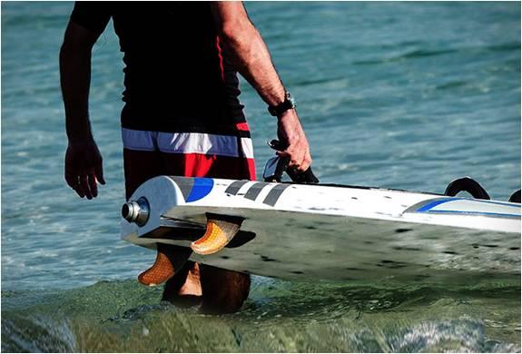 PRANCHA DE SURF ELÉTRICA AQUILA - Imagem - 3