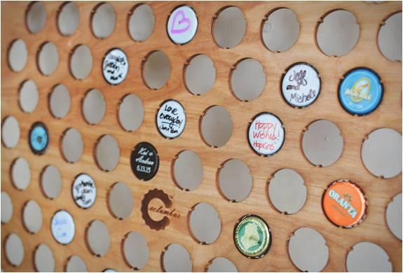 COLEÇÃO DE TAMPAS DE CERVEJA - BEER CAP MAPS - Imagem - 2