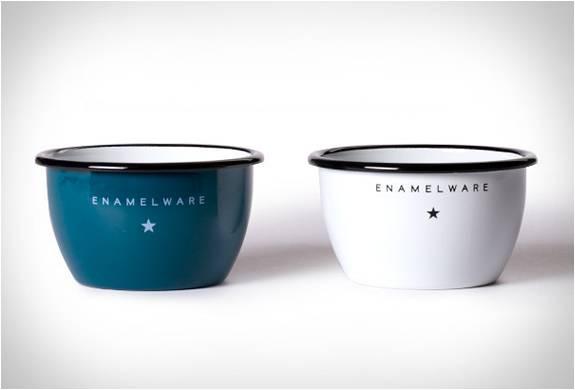 SEAMLESS & STEADFAST ENAMELWARE - Imagem - 3