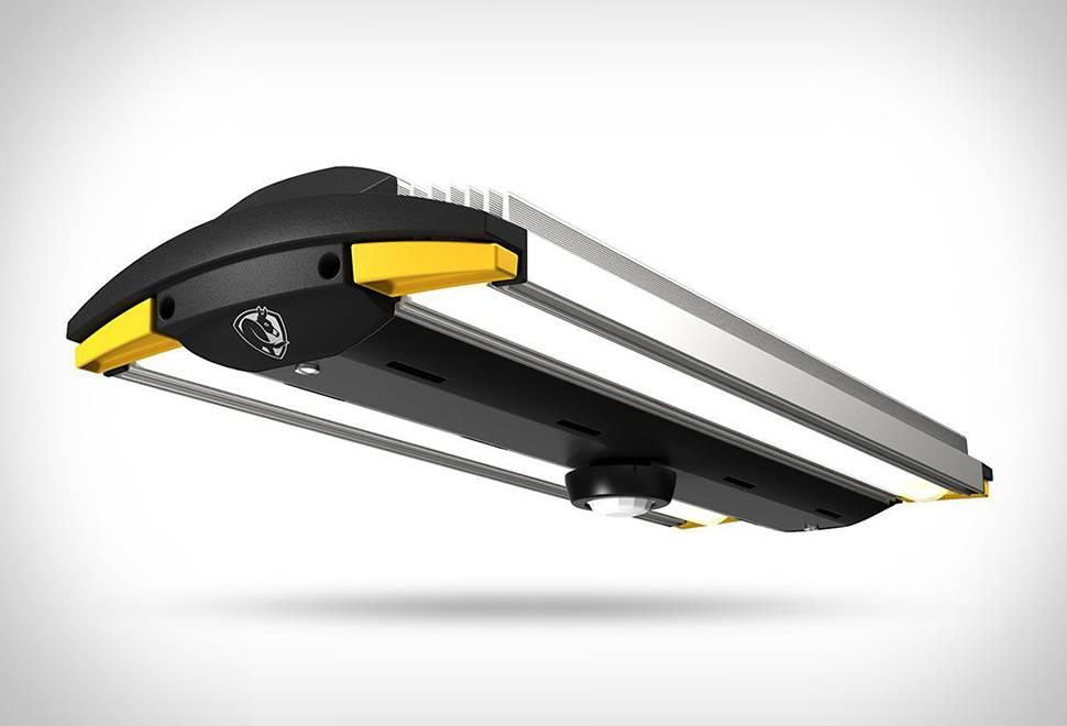 Grande Luminária LED de Garagem - Imagem - 1