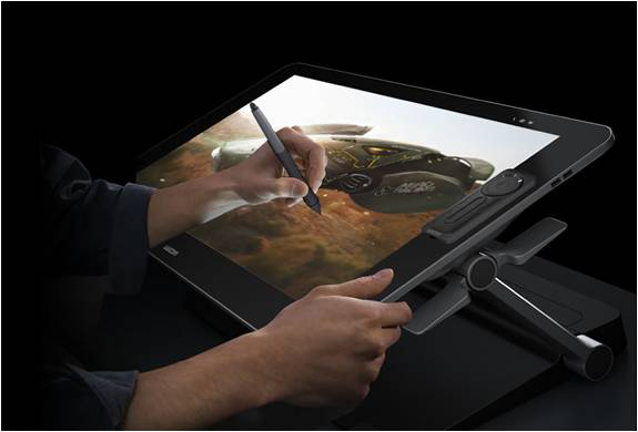 MOSTRUOSO TABLET DE  27 POLEGADAS TOUCH SCREEN - CINTIQ 27QHD