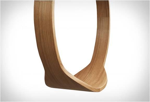 Cadeira de Balanço no Anel de Rotação - Imagem - 3