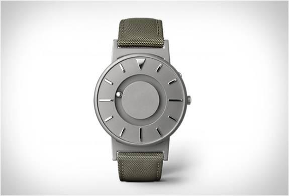 Eone - Relógio Bradley - Imagem - 1