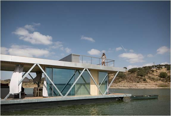 Casa-Barco Flutuante - Imagem - 2