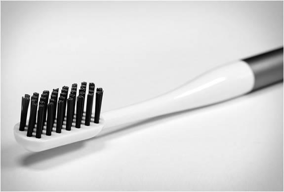 Escova de Dentes - Imagem - 4