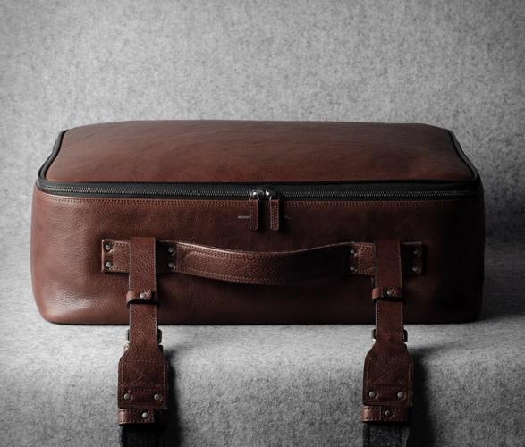 Bolsa Elegante de Couro Com Forro de Lã Incrível e Luxuoso - HARDGRAFT CARRY ON SUITCASE - Imagem - 5