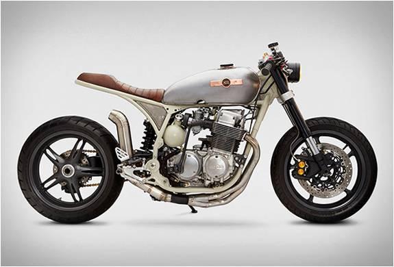 Moto Personalizada Honda Cb750 - Imagem - 1
