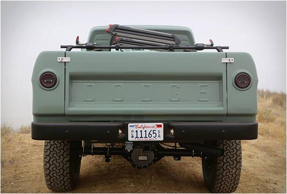 PICK UP PERSONALIZADA - ICON DODGE POWER WAGON - Imagem - 4