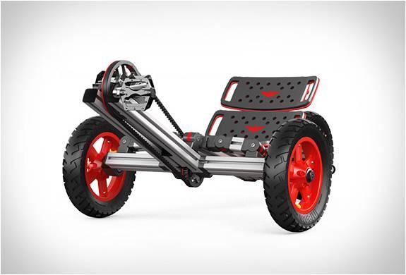Carrinhos Montáveis - Um Lego de Tamanho Real - Infento - Imagem - 3