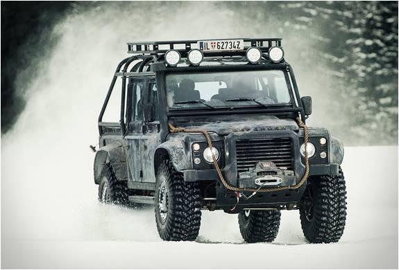 Land Rover - Defender Spectre - Imagem - 2