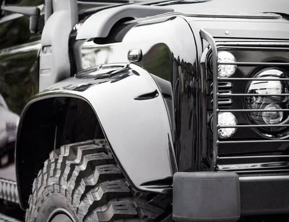 Land Rover Defender | Tweaked SPECTRE - Imagem - 4