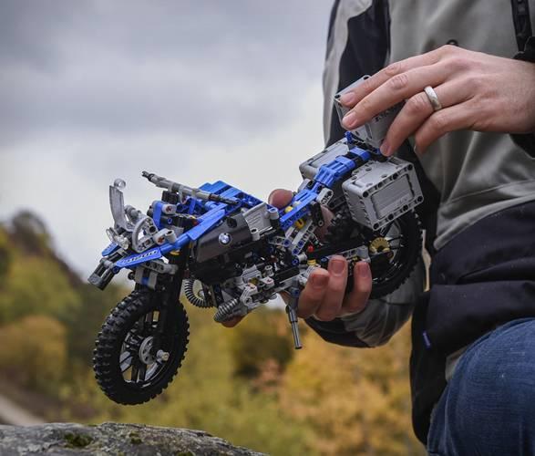 LEGO BMW GS Aventura - Imagem - 3