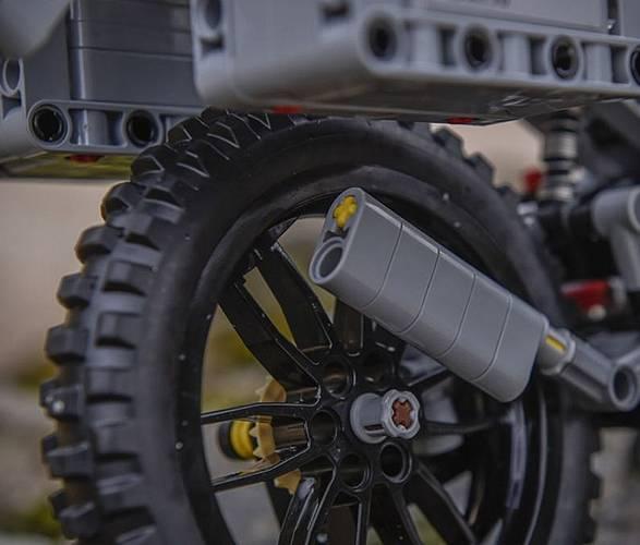 LEGO BMW GS Aventura - Imagem - 5