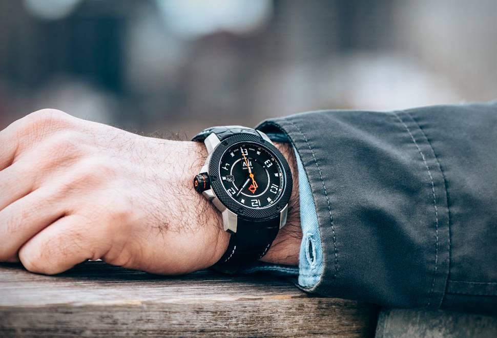 Relógio LIV Genesis X1-A   LIV Relógios