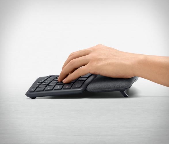 Logitech Ergo K860 Wireless Keyboard - Imagem - 4