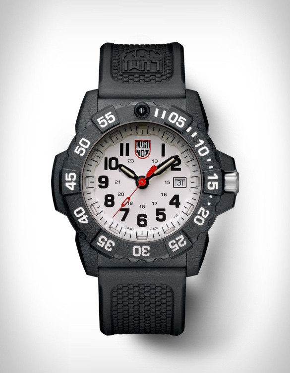 Resistente, poderoso e preciso Relógio LUMINOX NAVY SEAL 3500 SERIES - Imagem - 4