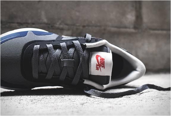 Nike Air Pegasus 83/30 Cinza Obsidiana - Imagem - 2