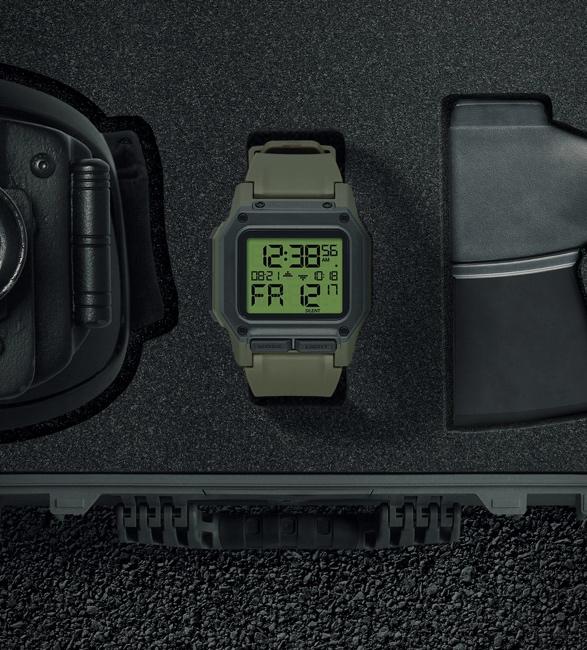 Relógio Nixon Regulus Surplus/Carbon - Imagem - 2