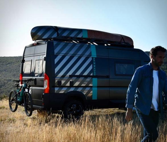 VAN Peugeot - Boxer 4x4 Camper Van - Imagem - 2