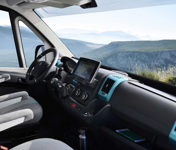 VAN Peugeot - Boxer 4x4 Camper Van - Imagem - 5