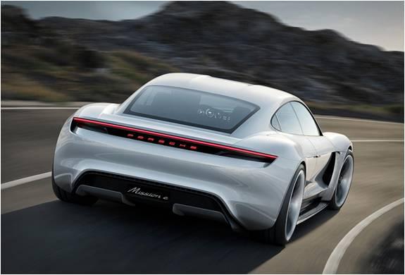 Porsche Mission E Concept - Carro Elétrico que Arrasou no Motor Show de Frankfurt - Imagem - 2