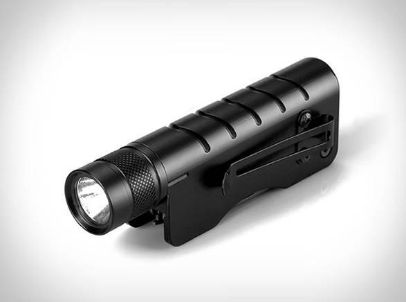 Lanterna e Multiferramenta Tática - Imagem - 4