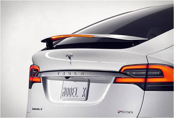 SUV Elétrica Tesla - Modelo x - Imagem - 3