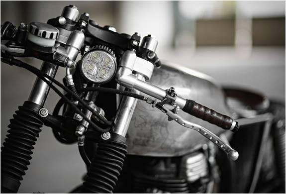 MOTO PERSONALIZADA THE SALANDER - Imagem - 5
