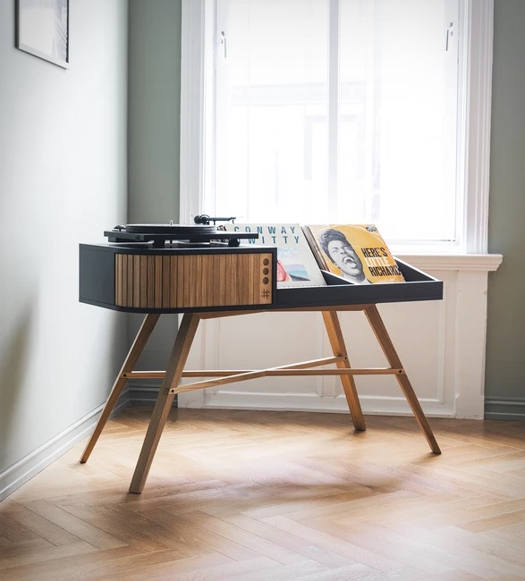 the-vinyl-table-7.jpg - - Imagem - 7