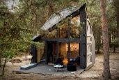 thum_bookworm-cabin.jpg