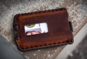 thum_trayvax-ascent-wallet.jpg