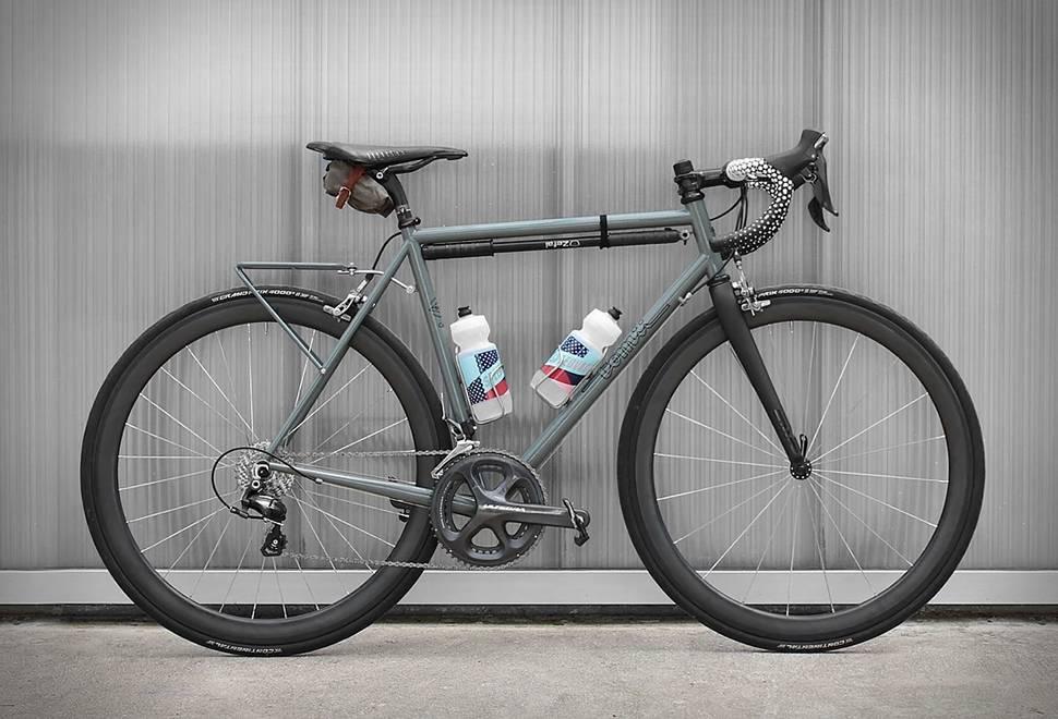 Bicicleta Tomii - Imagem - 1