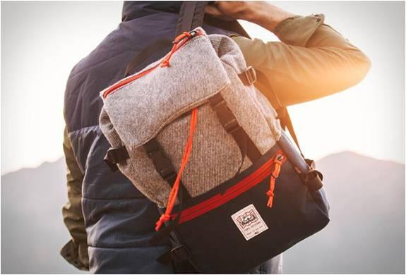 Mochila Rover Pack - Topo Designs X Woolrich - Imagem - 2